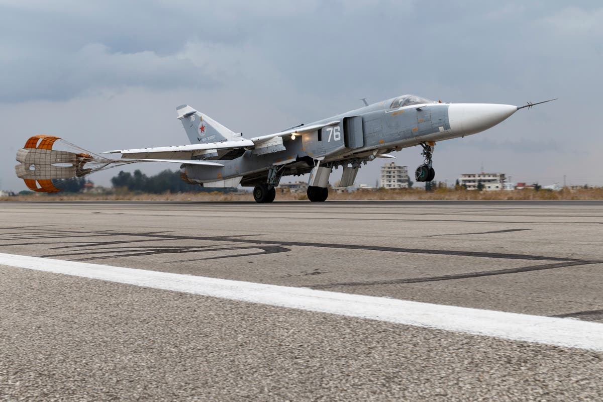 Dutch navy: Russian jets flew low over frigate in Black Sea