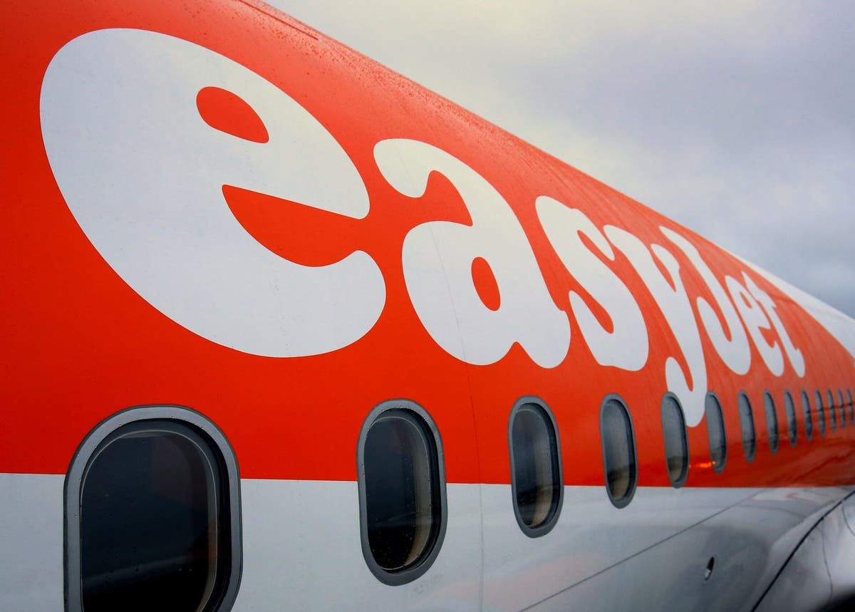 EasyJet axes new Scottish flight routes after Manchester travel ban imposed