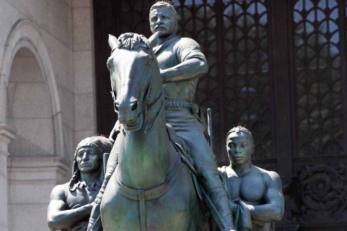 Theodore Roosevelt statue at New York museum to be relocated