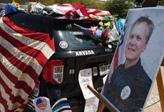 警察: 射杀科罗拉多枪手的男子被军官击毙