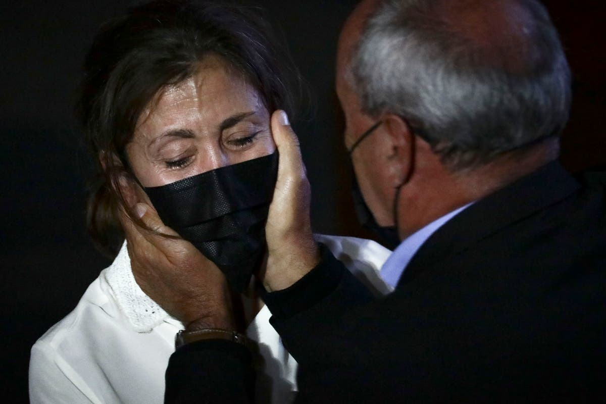 Ex-Colombian rebels, kidnapping victims meet face to face