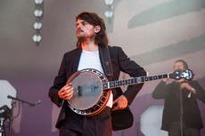 Winston Marshall claims 'internet mobs' attacked Mumford & Sons bandmates after Andy Ngo controversy