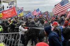 500 des personnes ont été arrêtées dans des affaires d'émeutes au Capitole. Il pourrait y en avoir des centaines d'autres