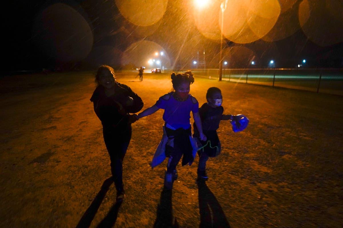 美国将关闭 4 流动儿童紧急避难所