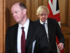 Covid UK -nyheter - direkte: Quarantine exemption for business chiefs condemned as 'offensive slap in the face'