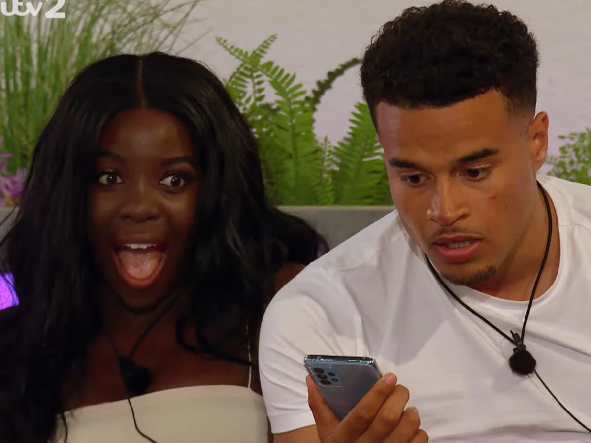 Love Island viewers don't like 'I've got a voice note' replacing 'I've got a text'
