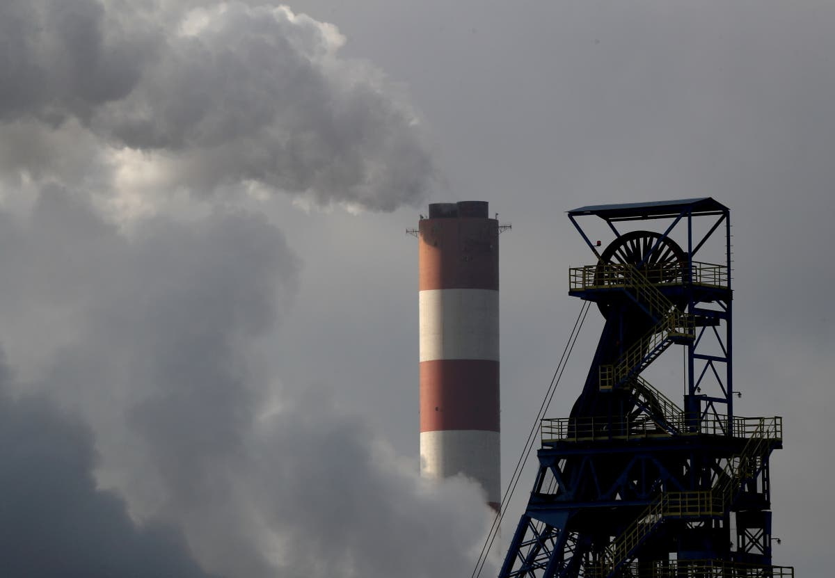 Coal power to end in October 2024, one year earlier than planned
