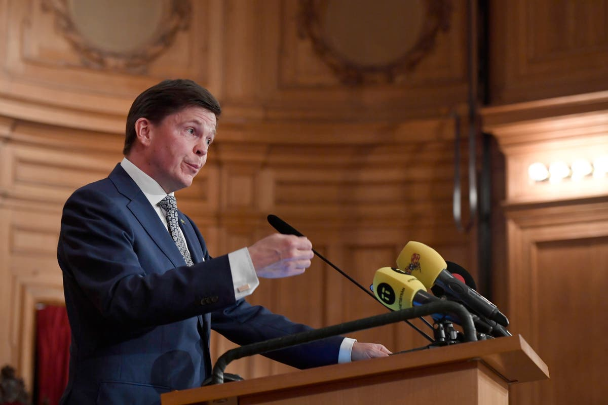 Sweden: Center-right leader will try to form new government