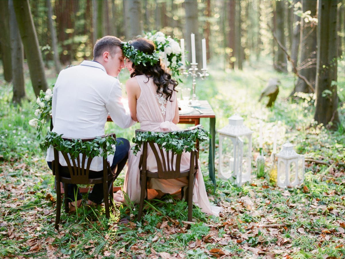 Bride faces backlash from neighbourhood after leaving note warning campers away from forest wedding