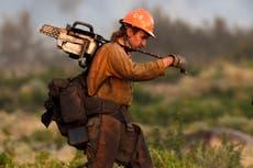 Un incendie de forêt en Californie déclenché par une voiture en panne consomme 2000 acres