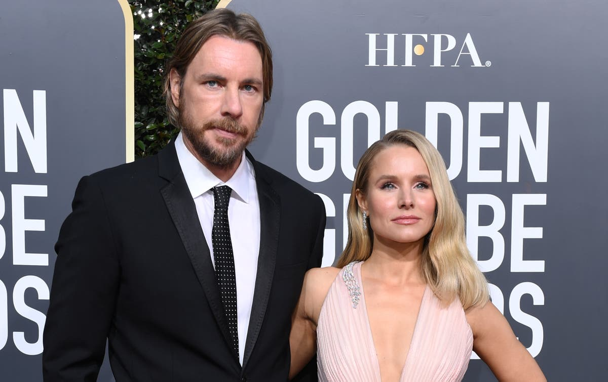 Kristen Bell says she and Dax Shepard use therapy to 'talk sh**' about each other