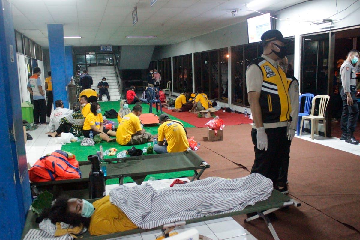 Ferry sinks in rough seas near Bali; 6 dead and 3 missing