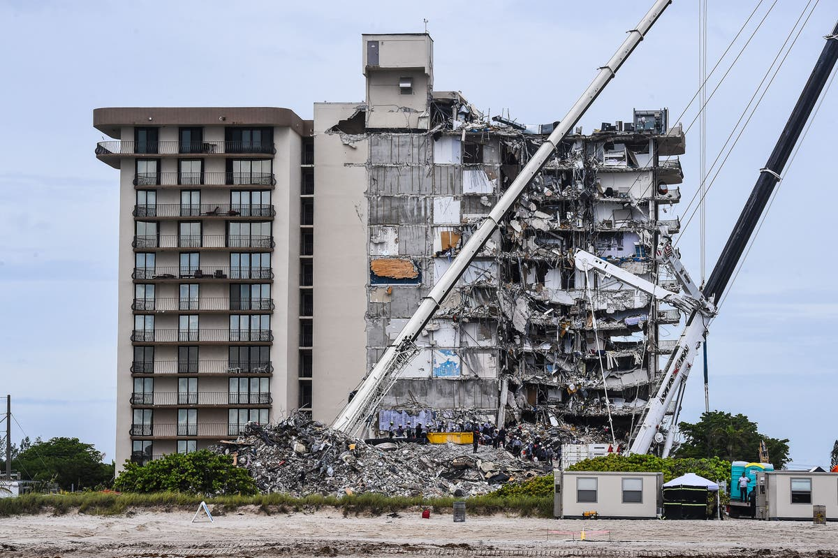 Fraudsters cashing in on Miami condo collapse
