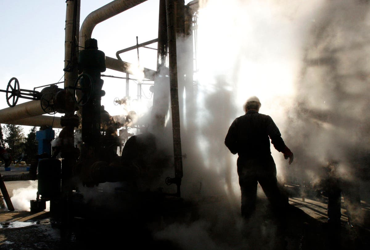 Iran oil workers strike for better wages as economy suffers
