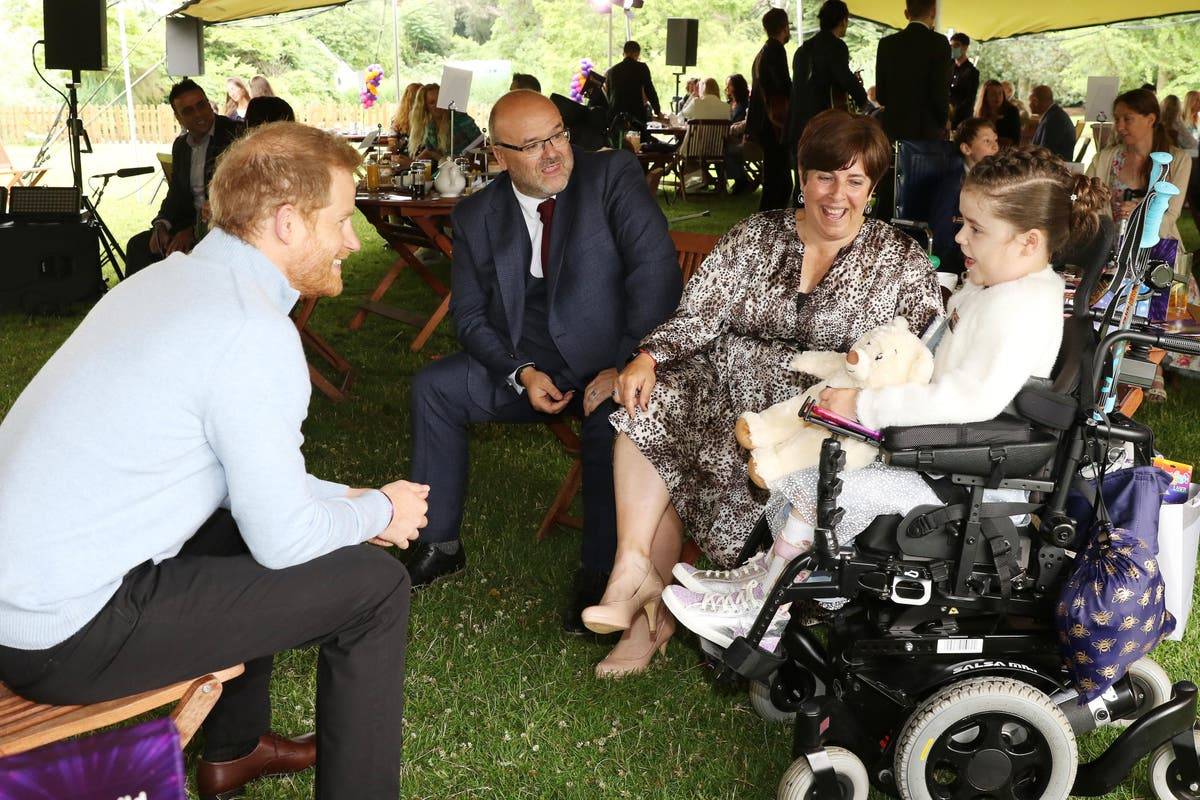 Harry makes surprise charity visit ahead of Diana statue unveiling