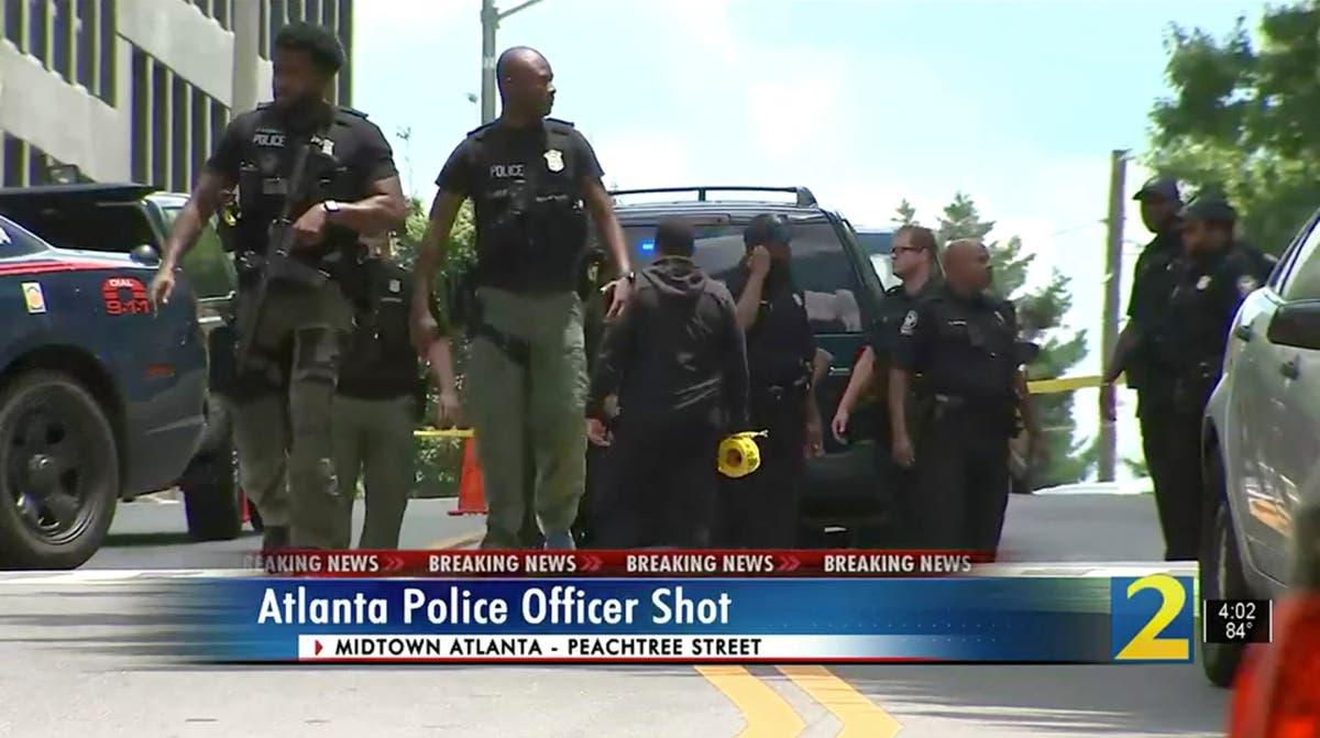 Atlanta mayor: 2 officers ambushed, 1 wounded; suspect dead