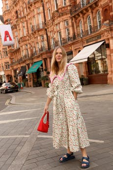 8 summer dresses that everyone is wearing on Instagram right now