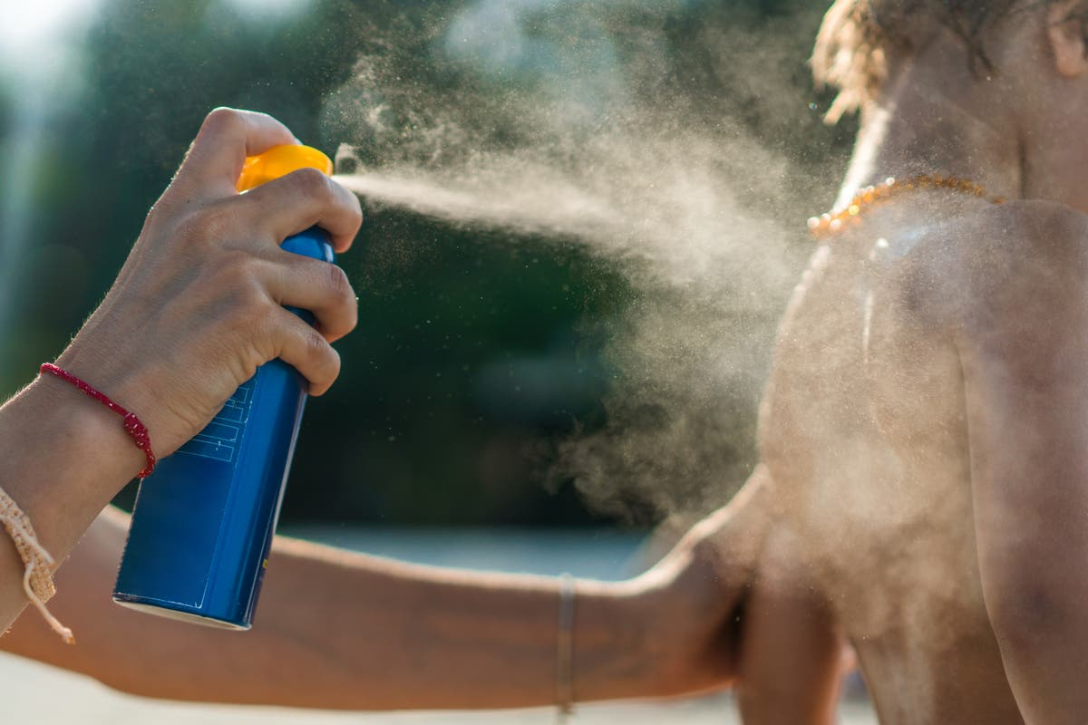 How much sunscreen should you use and how often do you need to apply it?