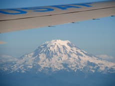 Heatwave causing 'biggest glacier melt in Washington state in a century'
