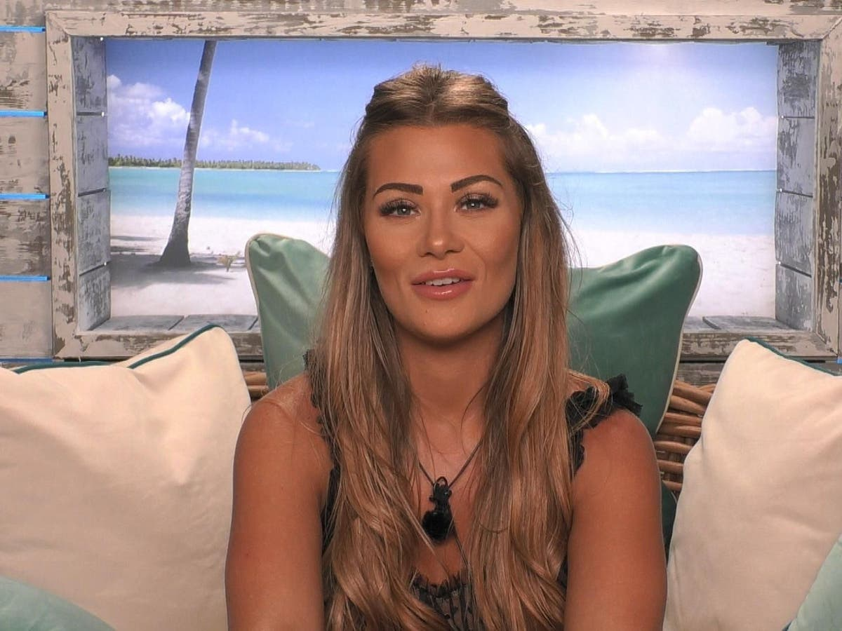 Love Island's Shaughna Phillips says producers pressured her to kiss boy other than her partner during game