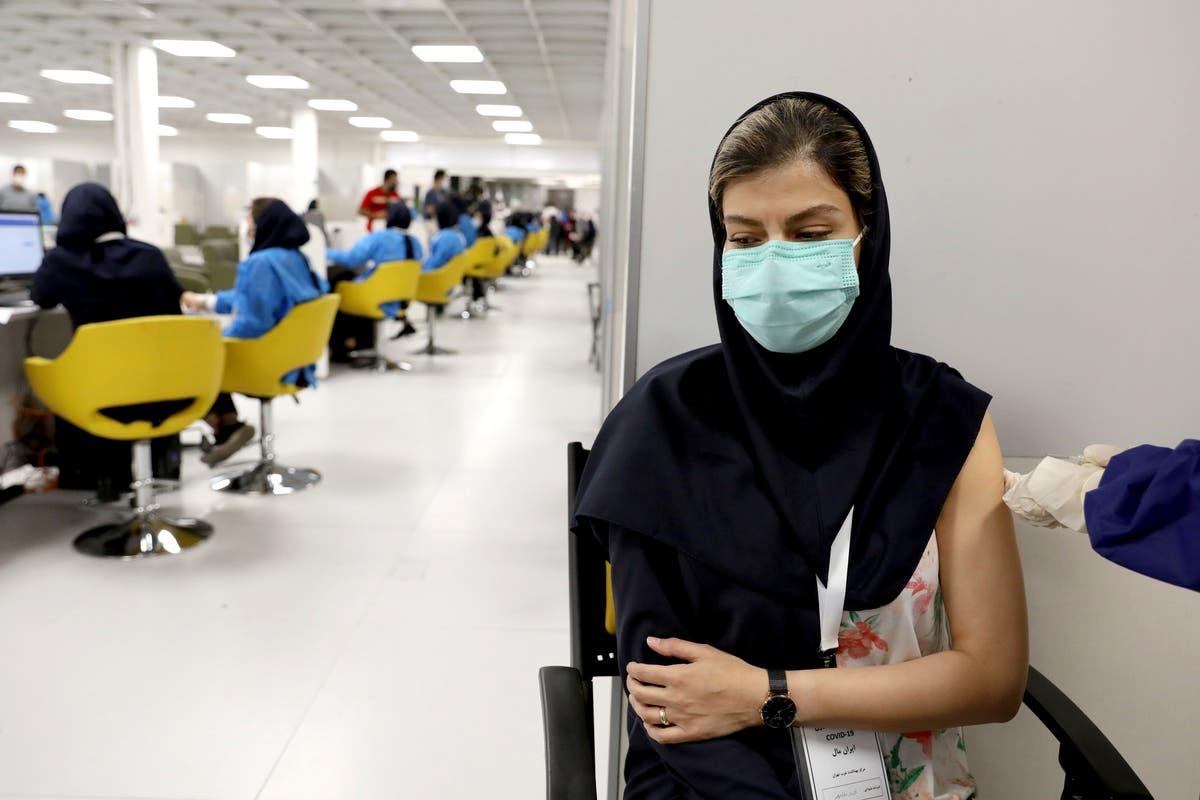 イランは、デルタバリアントが広がるにつれてウイルス制限を課します