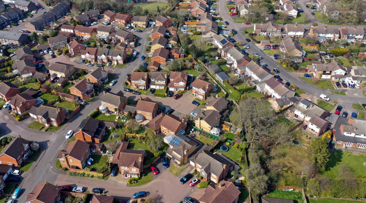 Calls for boiler phase-out date and incentives for heat pump switch