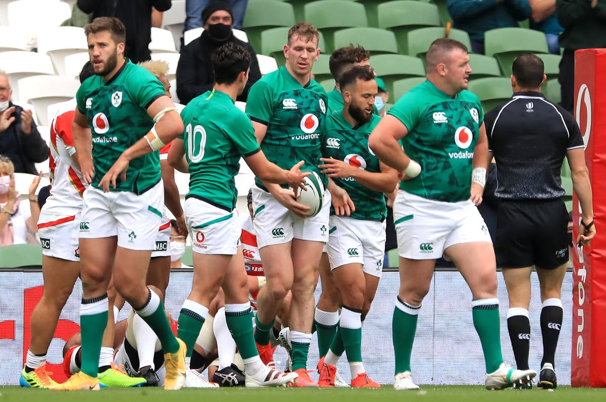 Chris Farrell, Jordan Larmour and Peter O'Mahony released from Ireland squad
