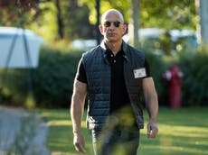 Jeff Bezos would run up 14 flights of stairs instead of using elevator at Amazon HQ