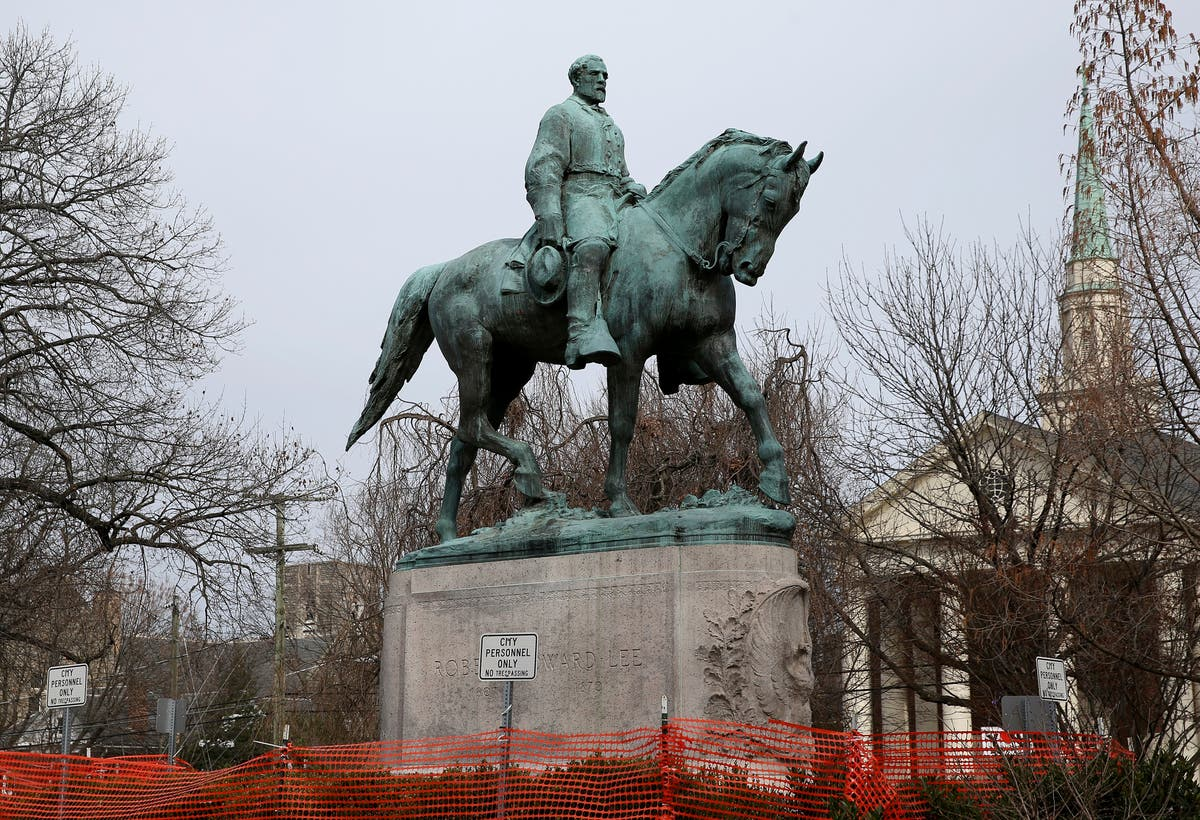 Charlottesville readies for removal of Confederate statues