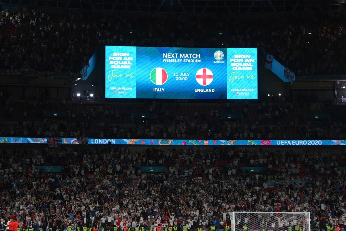 Reino Unido 2030 World Cup bid must include ticket price cap, diz trabalho