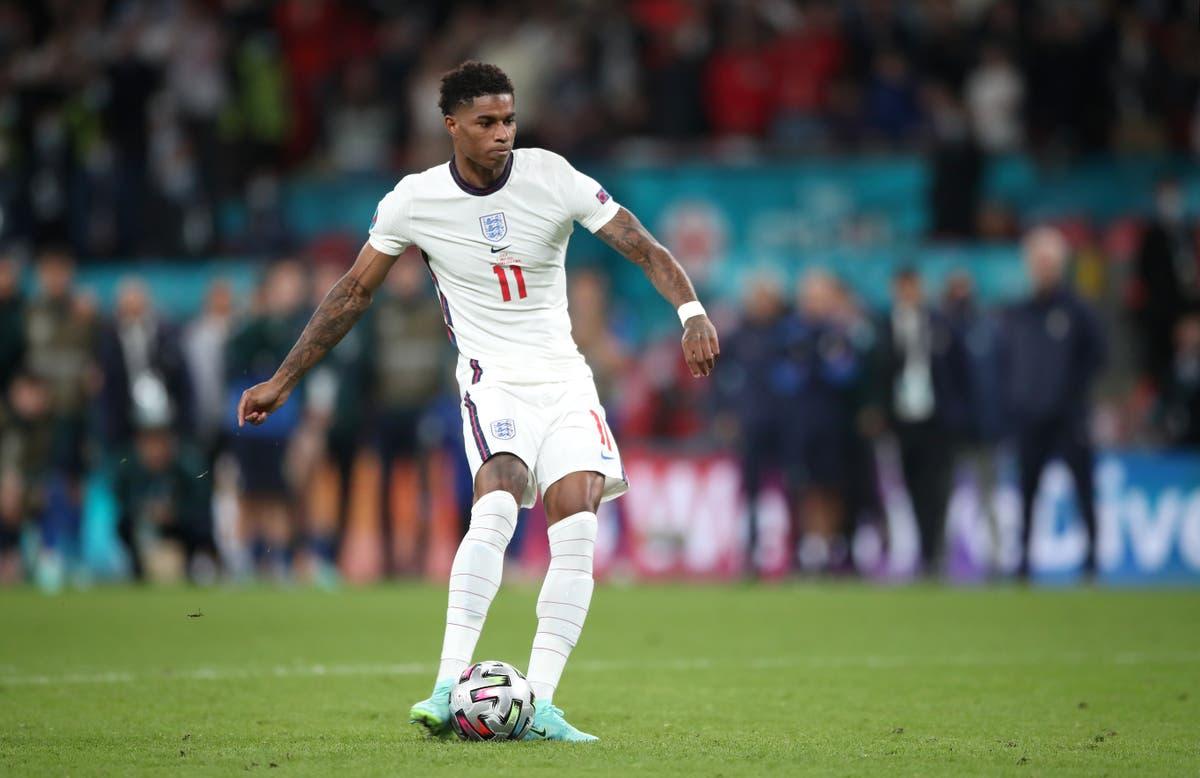 Fotballforbundet fordømmer rasistisk overgrep mot engelske spillere
