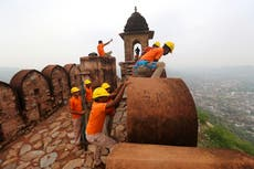 Lightning bolt kills 11 people 'taking selfies' in front of 12th century fort in Indian city