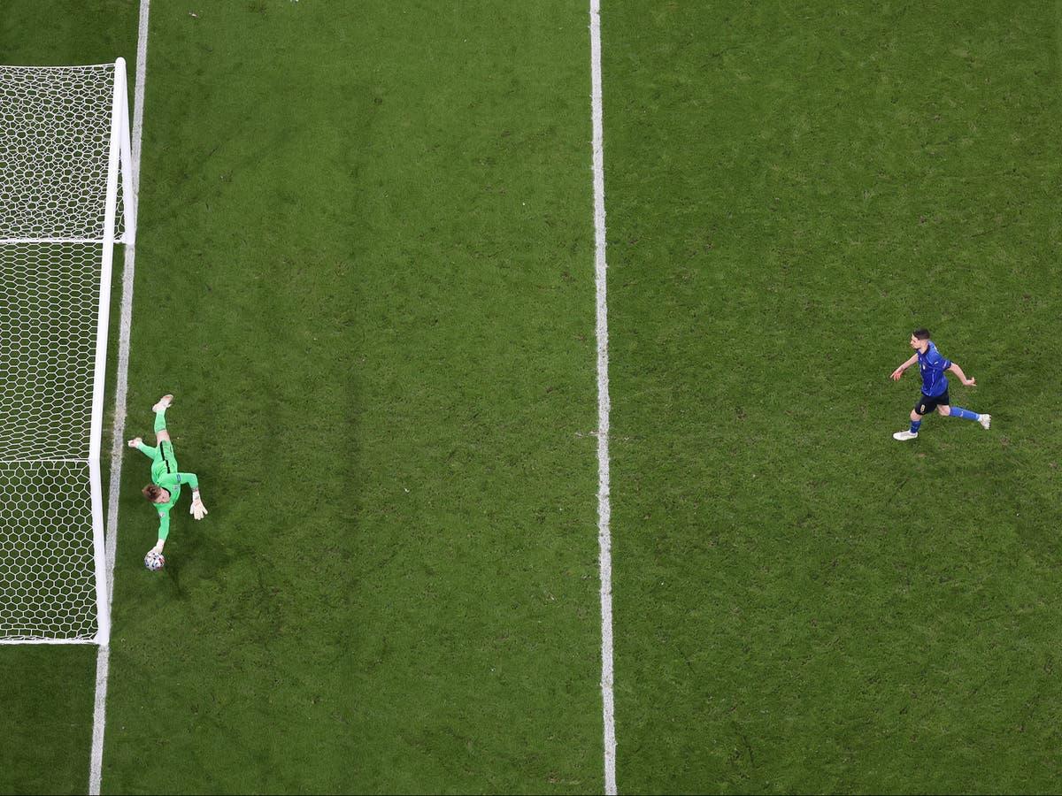 ジョーダンピックフォード, Jorginho's penalty and the best meaningless 47 seconds in England's history