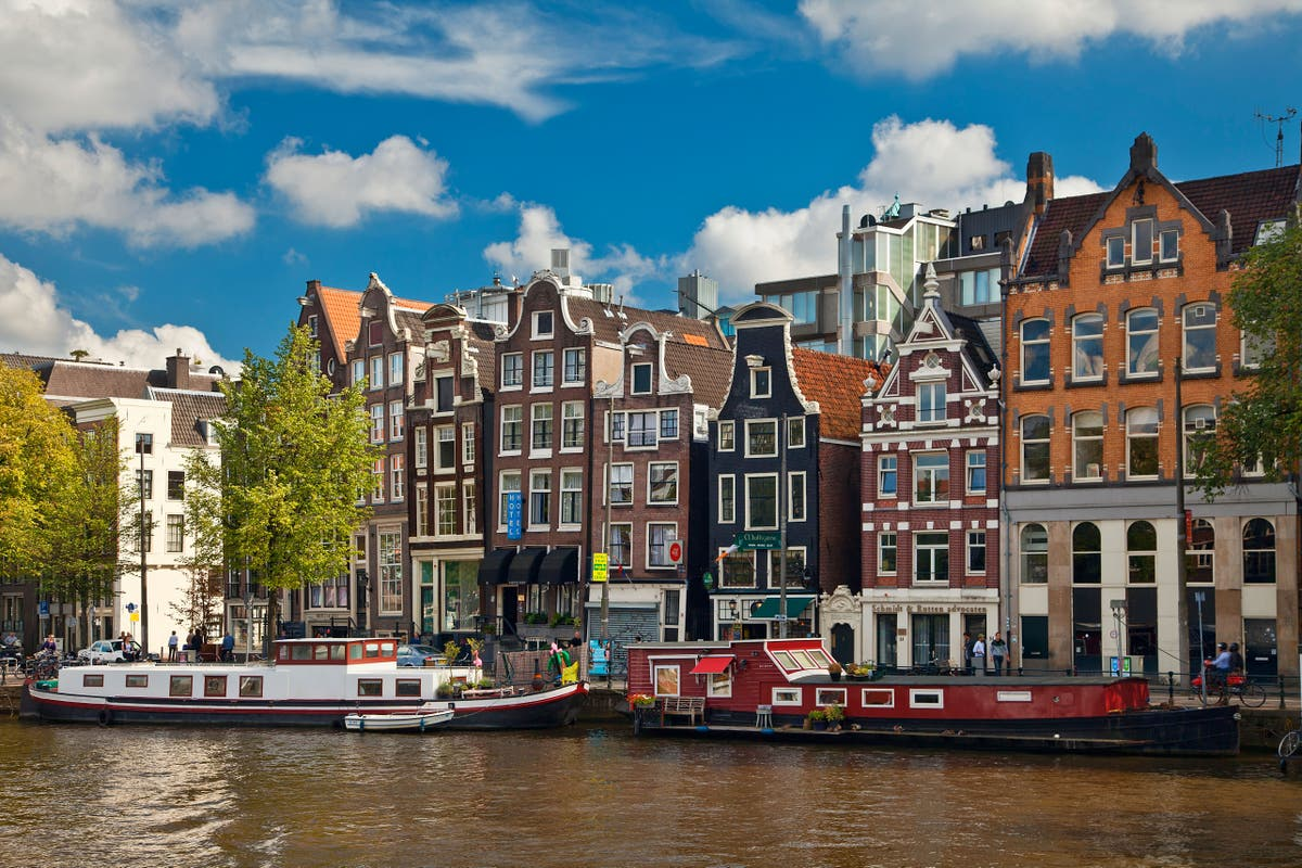 New Amsterdam daily testing rules catch out tourists