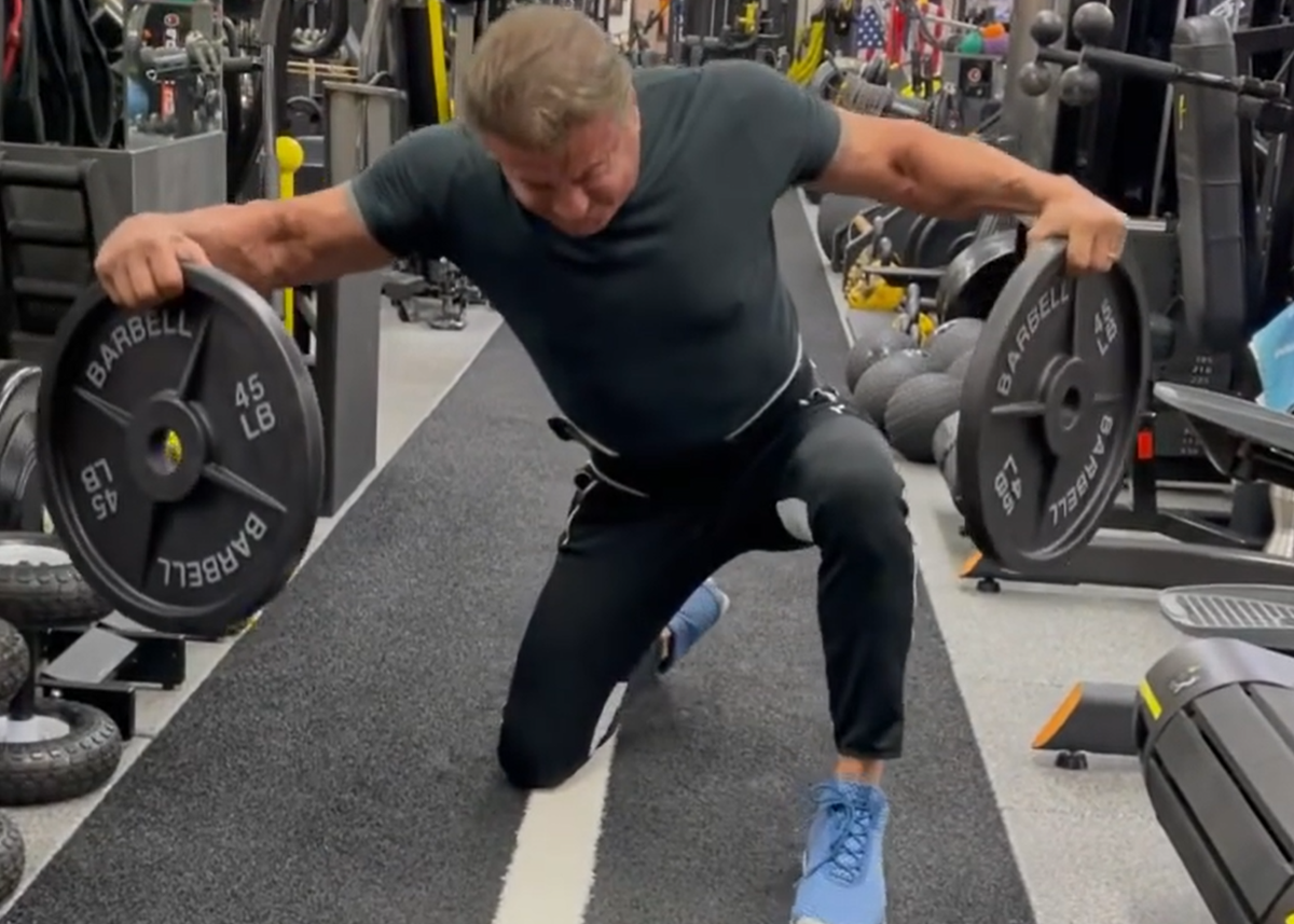 Sylvester Stallone accused of using fake weights in viral workout clip