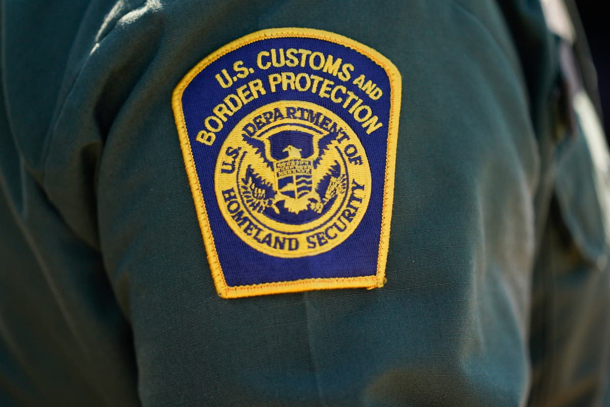 Border Patrol agent guarding US-Mexico checkpoint took $400 bribes to smuggle migrants