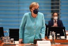 Merkel traz mensagem de estabilidade aos EUA em visita de despedida