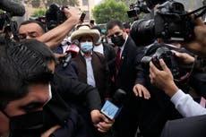 左派の田舎の教師がペルーで大統領エレクトを宣言