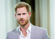 Who is the Pulitzer Prize-winning author behind Prince Harry's new memoir?