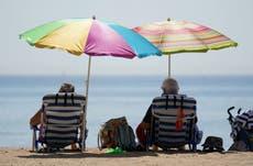 英国记录了一年中最热的一天,因为热浪引发了雷暴