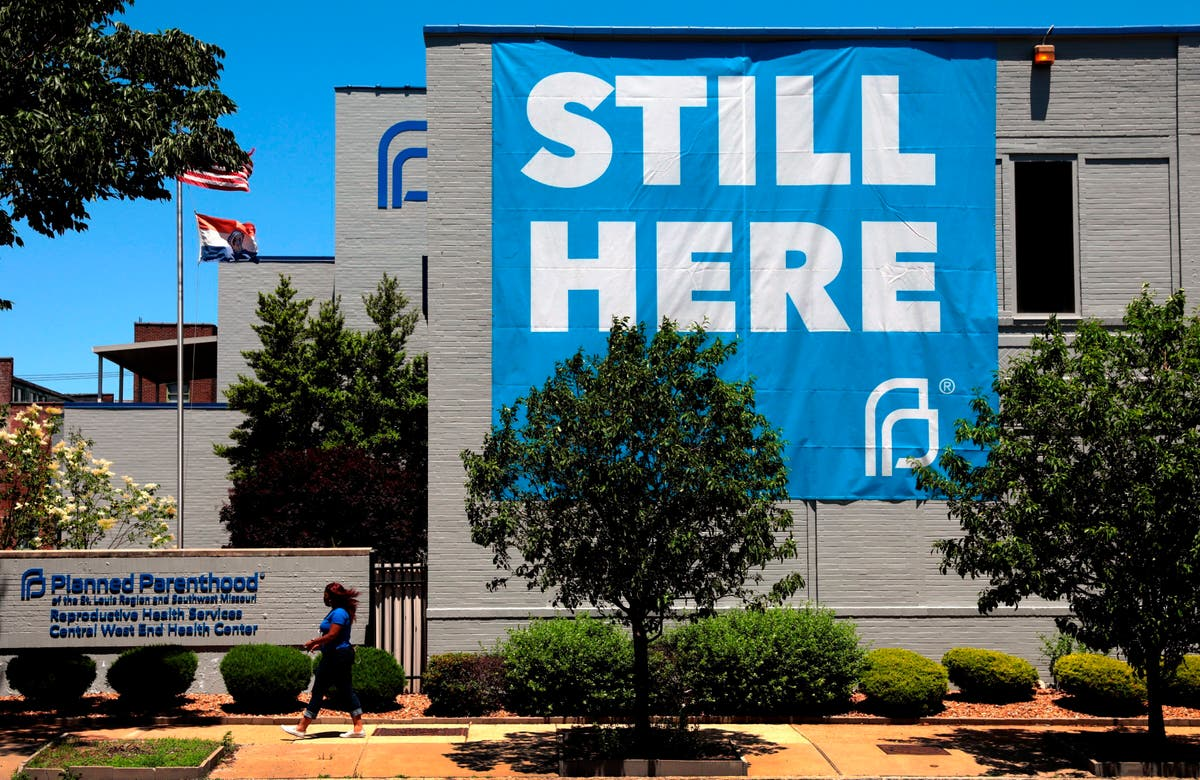 Full federal appeals court to consider Missouri abortion law