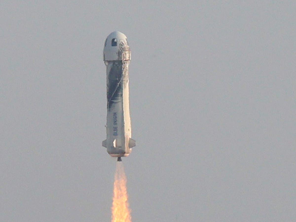 ブルーオリジン: Jeff Bezos rocket company plans more tourism launches – and the Amazon founder wants to be on one