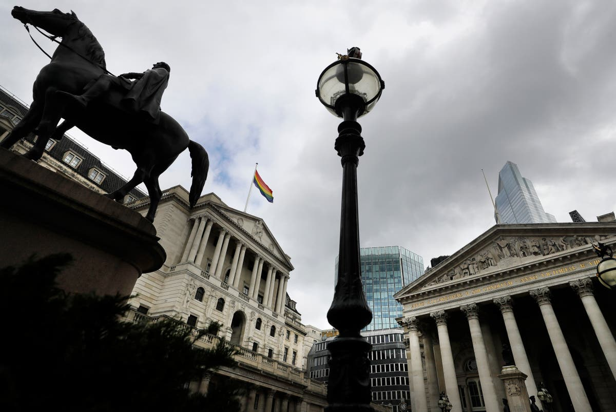 Bank of England sets itself 'stretching' diversity targets
