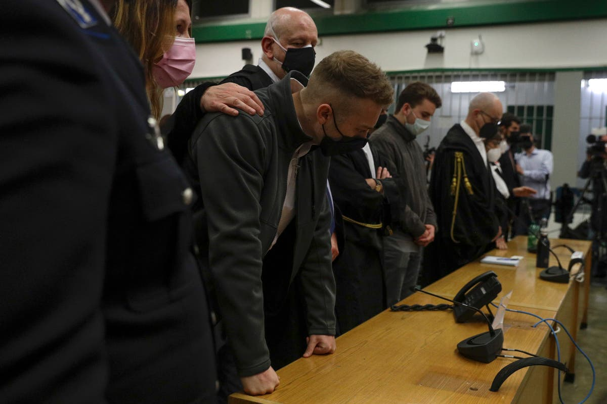 Italian lawyers group slams court review of US trial defense