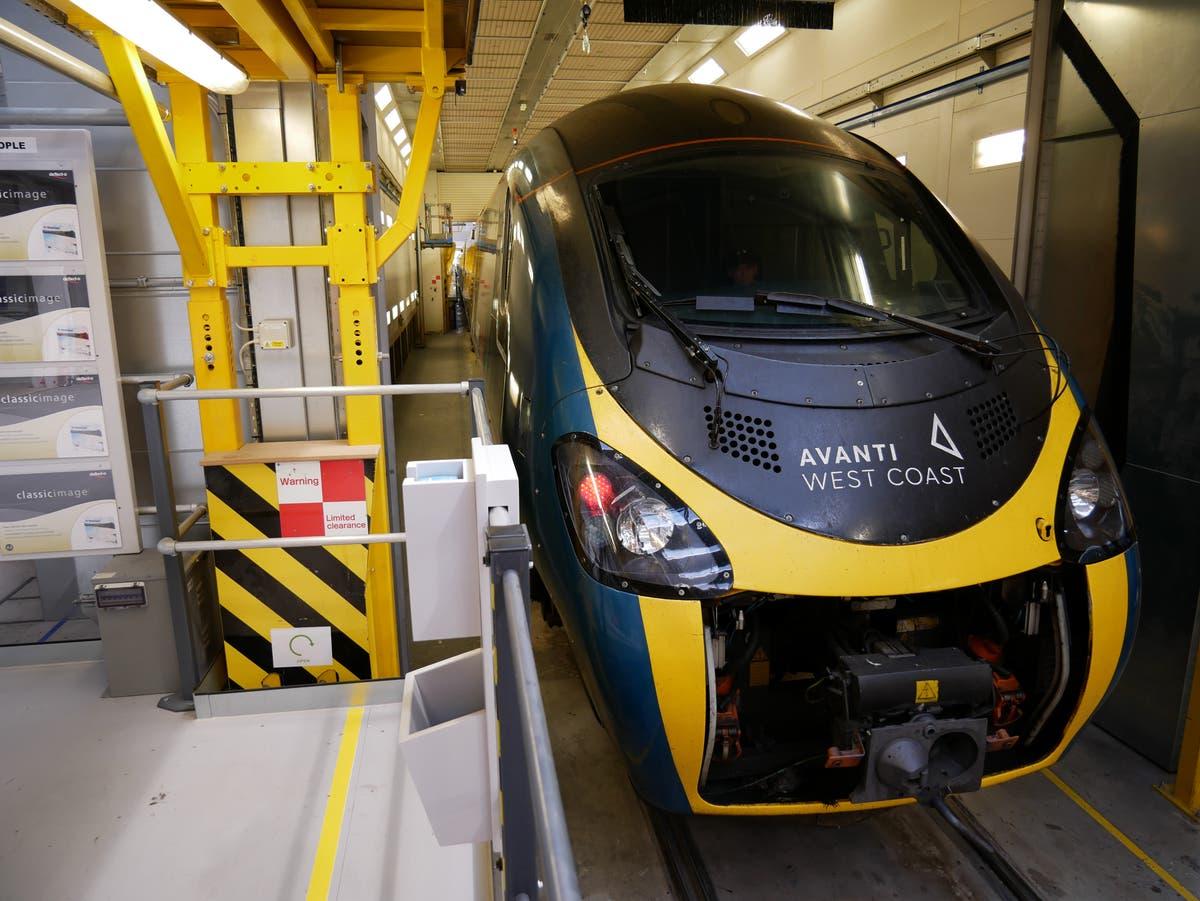 Avanti West Coast starts UK's largest refurbishment of a train fleet