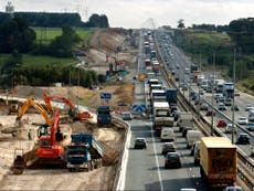 Governo deve repensar a estratégia de construção de estradas de £ 27 bilhões por causa de 'mudanças nas viagens' após Covid