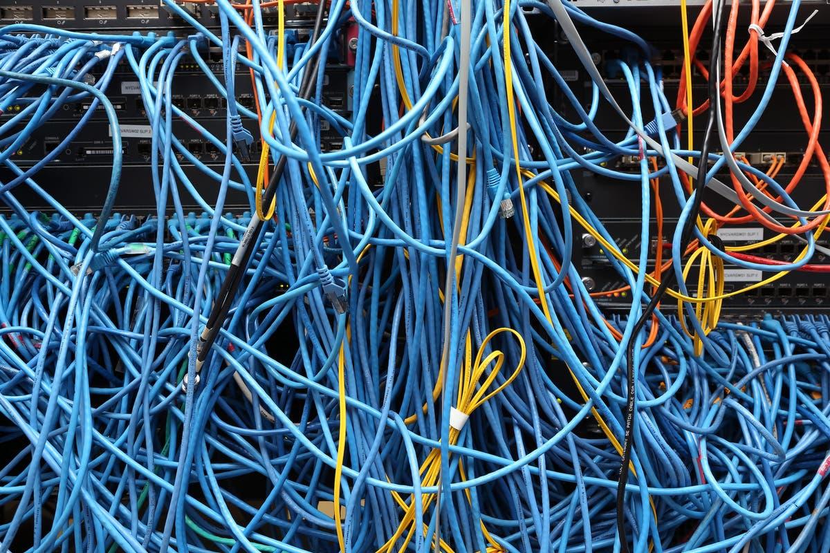 主要なインターネットの停止がAmazonを襲う, UPSおよびその他数十 - ライブフォロー