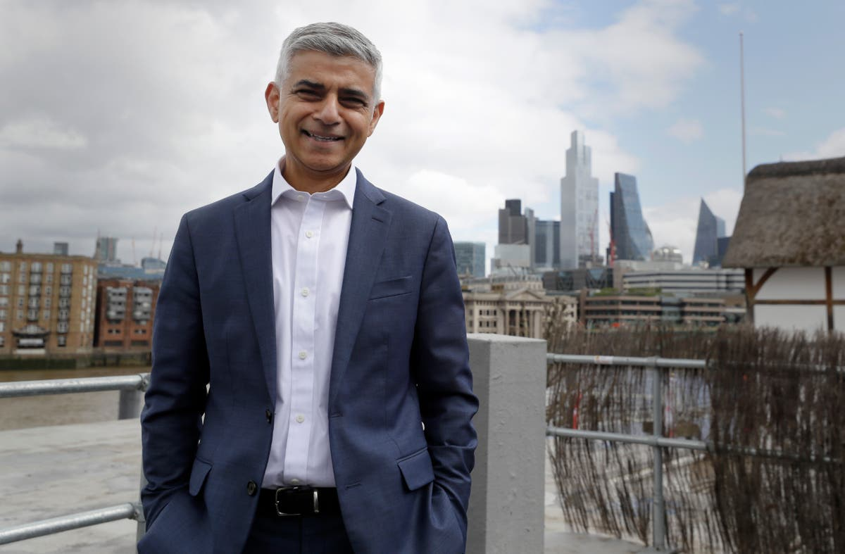 London mayor sends message of support to Hong Kong emigres