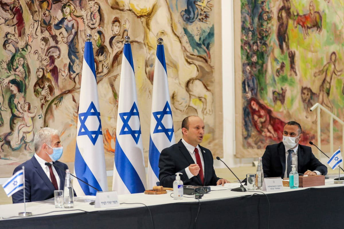 PM urges Israelis to get vaccinated as delta variant spreads