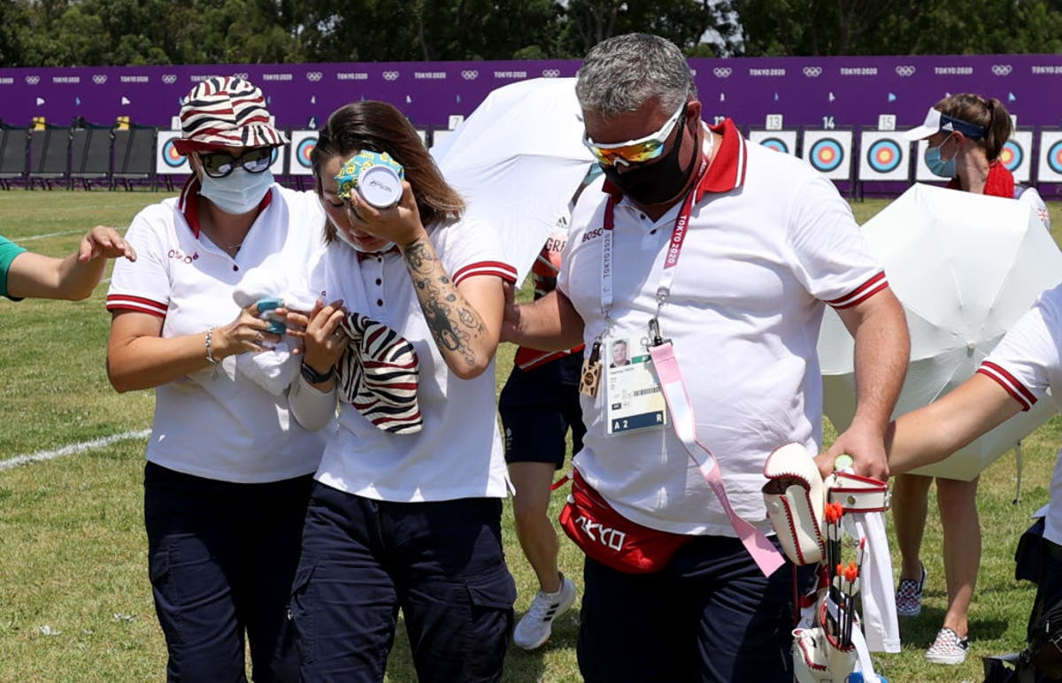 Tokyo 2020: Russian archer faints in scorching heat at Olympics